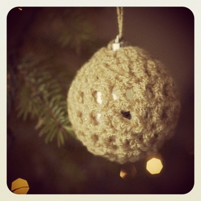 Johnny's Crochet Christmas Ball Cozy