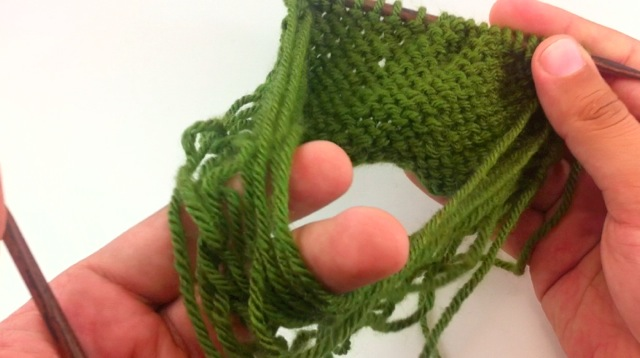 Example of the loops formed by swatching in the round