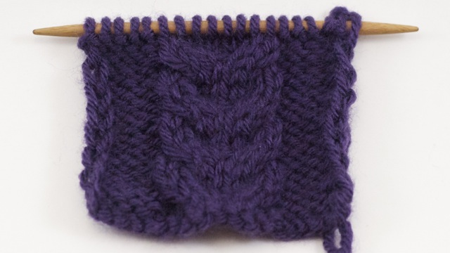 Example of the Stacked Cable Stitch