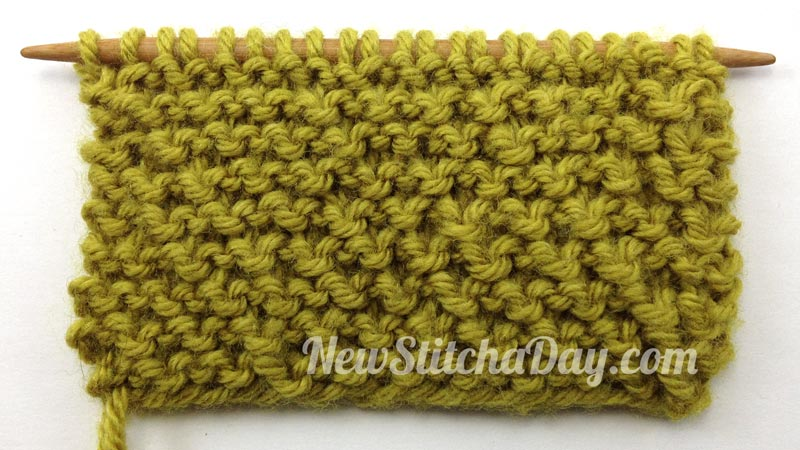 How to Knit the Loop Stitch: Wrong Side