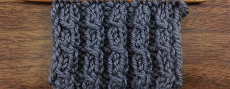 Example of the Left Twist Knitting Stitch used in the twisted cable rib stitch