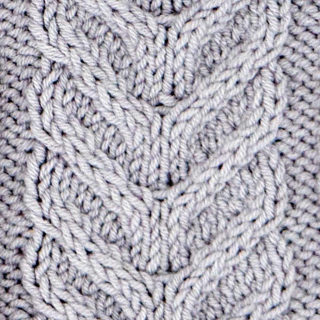 Large Horn Cable Stitch Knitting Pattern (Right Side)